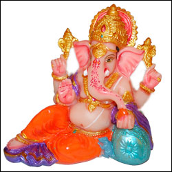 Click here for more on Ganesh Idol - p-15-C