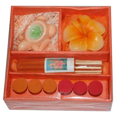 Click here for more on Perfumed Candle set Small Sige -006