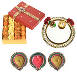 Click here for more on Special Diwali Pooja Thali - 7