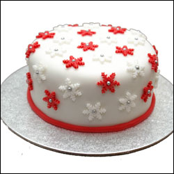 Click here for more on Yummy Christmas Cake - 1kg