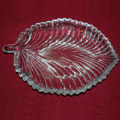 Click here for more on Crystal Leaf Plate -307-035