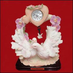 Click here for more on Pop Doves with Clock -291-002