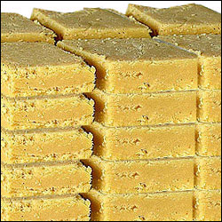 Click here for more on Krishna sweets - Mysore Pak 1kg
