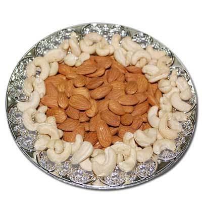 Click here for more on Dryfruit Hamper - Code DT201
