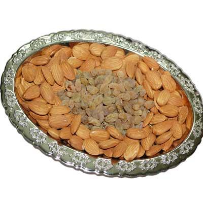 Click here for more on Dryfruit Hamper - Code DT301