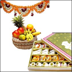 Click here for more on Sri Krishna Ashtami Hamper-14